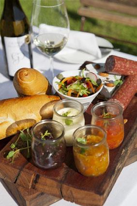 Grande Provence Picnic Food lr