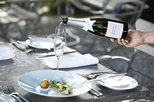 Grande Provence Brut Pouring Shot landscape HR