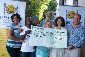 Masizame Team Elaine, Exsavier, Phathiswa, Brenda Mike and Barries with Melanie Burke of StreetSmart SA hr