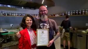 Melanie Burke (StreetSmart SA Chairman), Chef Chris Erasmus (Foliage)