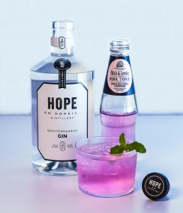 Fitch&Leedes Pink Tonic and Hope on Hopkins Gin (2)