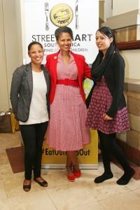 l.t.r. Beatrice Kleinsmith (Bread & Wine), Melanie Burke (StreetSmart Chairman); Cloe Hoffman (Bread & Wine)