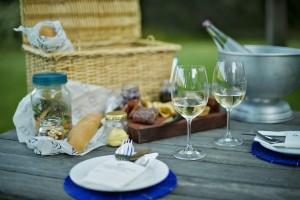 Grande Provence picnic 1 HR