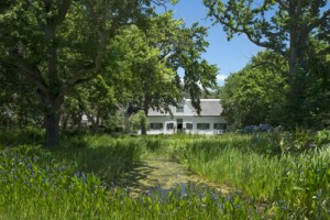 Grande Provence manor house LR