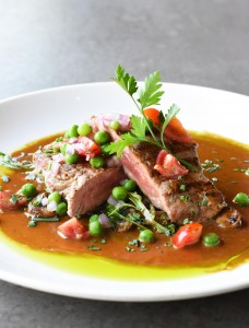 Grilled sirloin, whisky jus and pea and tomato salsa portrait HR