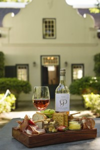 Grande Provence platter with Rose HR